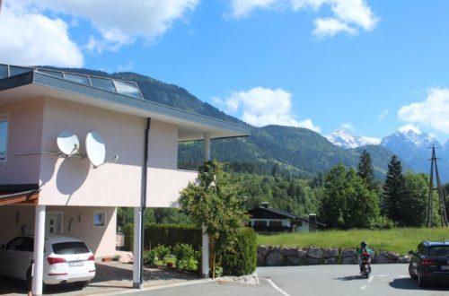 Modernes Einfamilienhaus mit perfektem Panoramablick